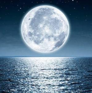 Conjuro de Luna llena con menstruación para enamorar