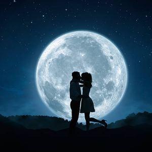 amarres de amor con luna llena