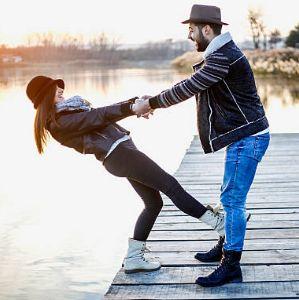 como saber si un hombre empieza a enamorarse